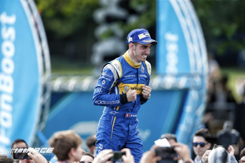 Buemi Formule E-kampioen 2015/2016