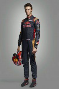 Kvyat-Driver-Portrait-Toro-Rosso-2016