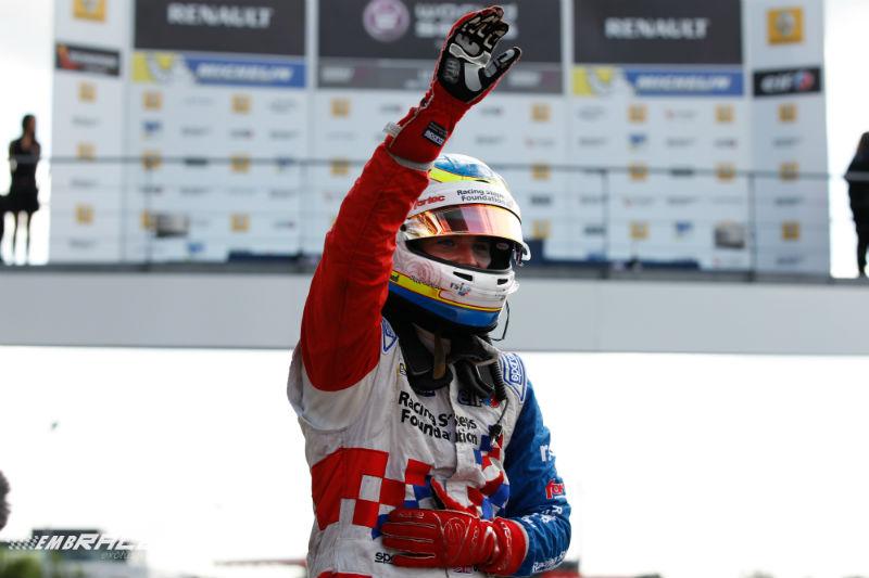 FR3.5: Rowland wint en heeft nog één punt nodig voor de titel