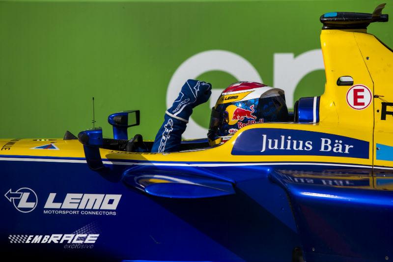 FE: Buemi wint Berlin ePrix, Abt weigert teamgenoot te laten passeren